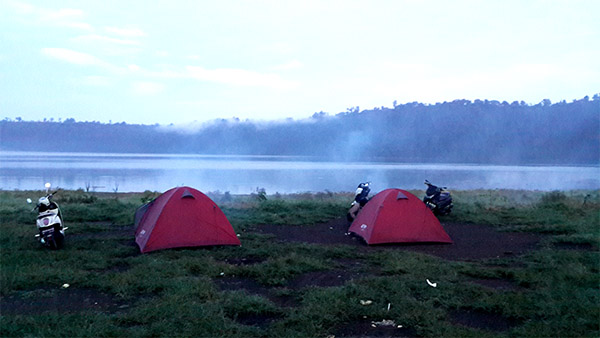 lokasi camping danau buyan